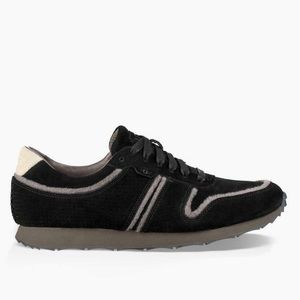 UGG Men's Black Treadlite Trigo Sneaker 10